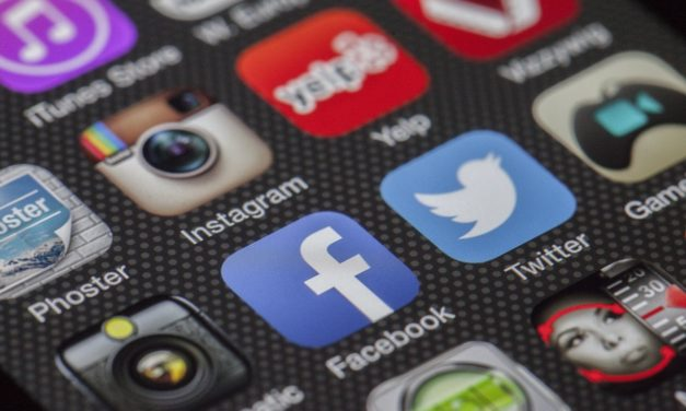 Top Tips to Become a Social Media Influencer